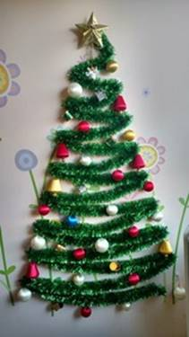Decorate Christmas Tree Game